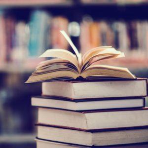 knygų krūva