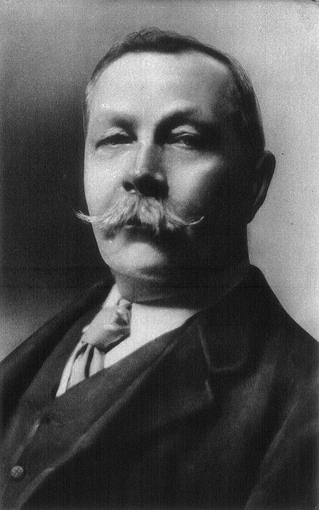 Artūras Konanas Doilis (Arthur Conan Doyle)