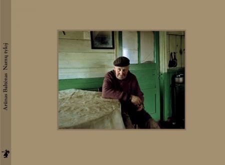 Namų tyloj | Arūnas Baltėnas